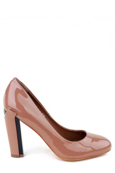 Лаковые бежевые туфли на высоком устойчивом каблуке Basconi круглый носок